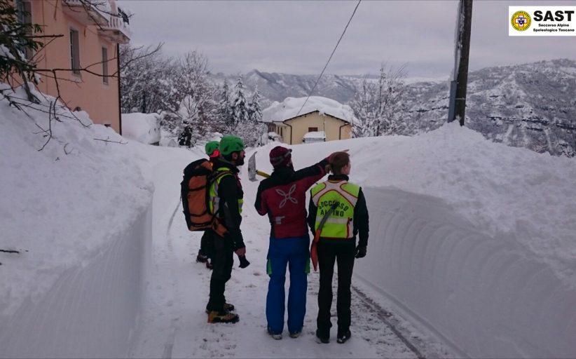 Soccorso Alpino e Speleologico Toscano: Emergenza Abruzzo, il racconto di Chiara