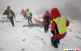 Le Stazioni di Querceta e Massa del Soccorso Alpino Toscano sono intervenute per un grave incidente nel Comprensorio della Pania della Croce