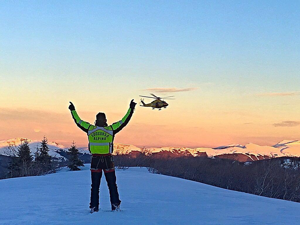 La Stazione Appennino del Soccorso Alpino Toscano è intervenuta in Val Sestaione per soccorrere una scialpinista