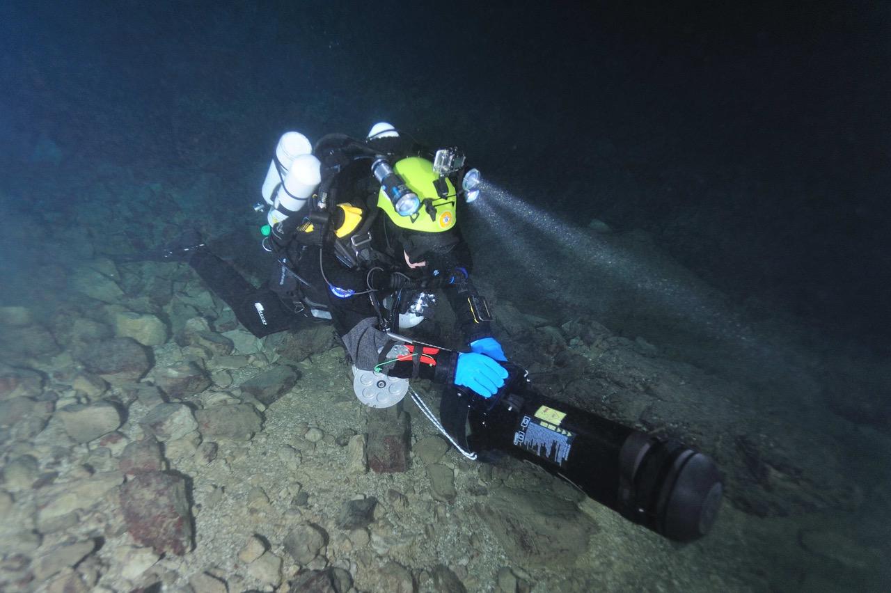 Entratano in servizio nel Soccorso Alpino e Speleologico Toscano gli scooter subacquei e i rebreather per il soccorso speleosubacqueo