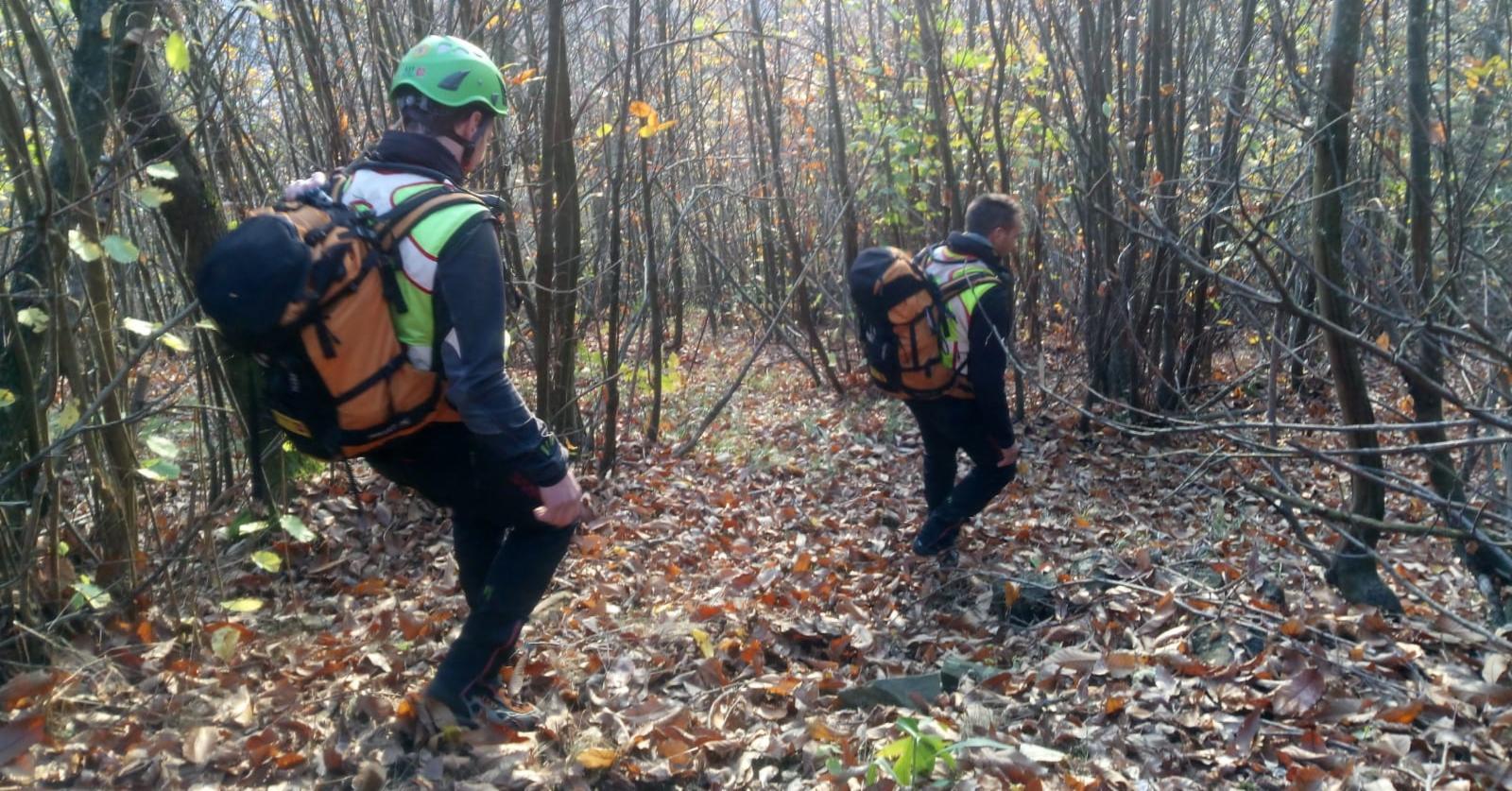 La Stazione Monte Falterona del Soccorso Alpino Toscano in aiuto ad una cercatrice di funghi infortunatasi nel bosco