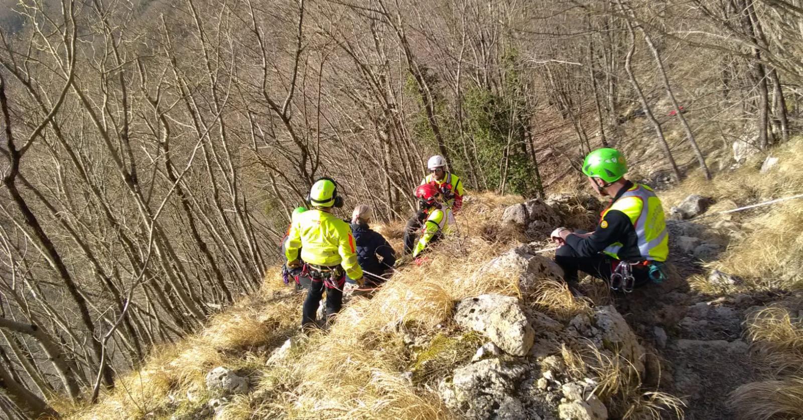 Tragico incidente sulle Apuane, intervenute le squadre del Soccorso Alpino Toscano delle Stazioni di Querceta e Lucca