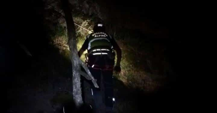 Intervento notturno per i tecnici del Soccorso Alpino Toscano della Stazione Appennino nelle montagne pistoiesi
