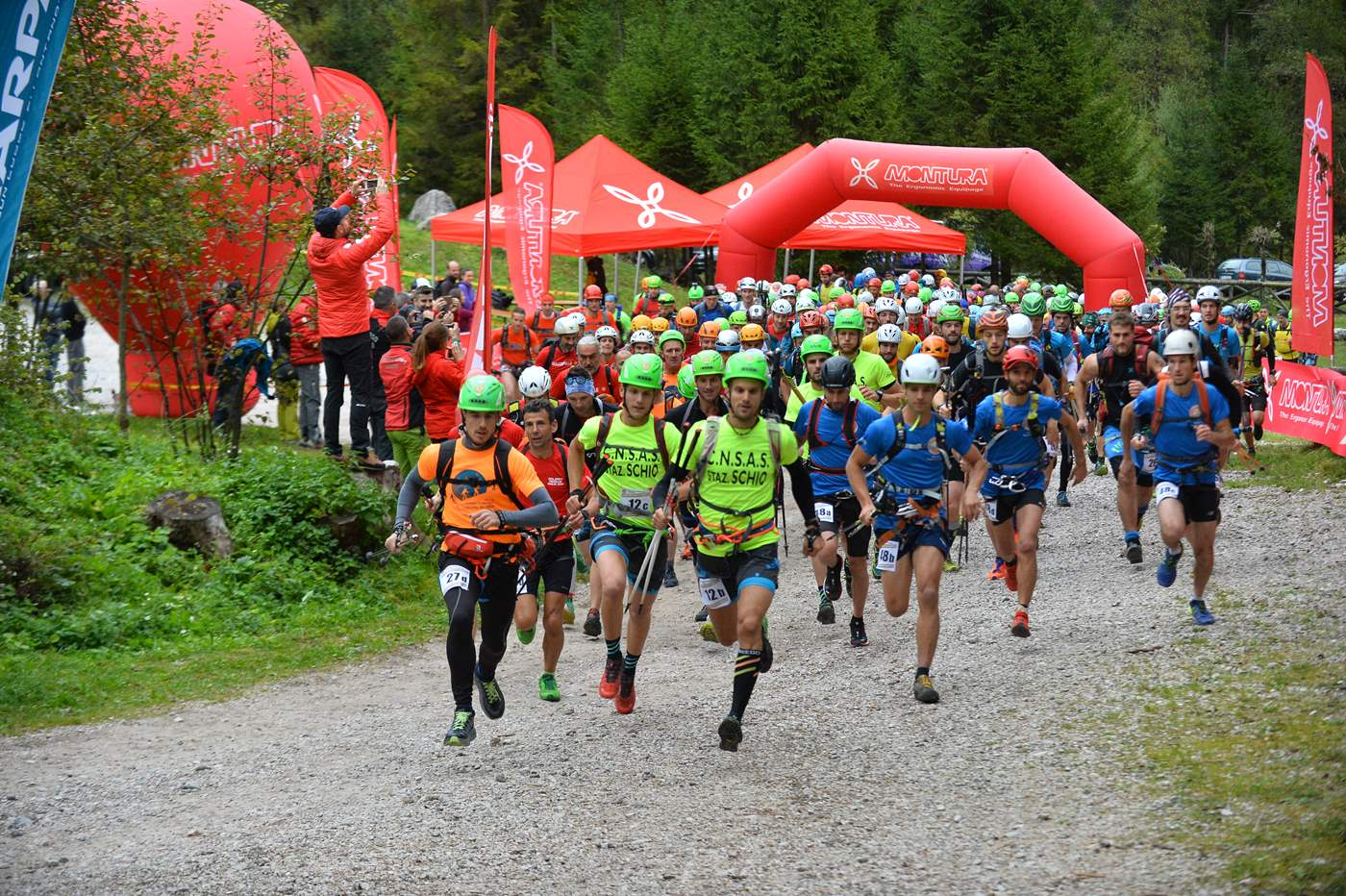 Sabato 5 ottobre, il Soccorso Alpino Toscano in gara con una propria squadra di tecnici alla Dolomiti Rescue Race 2019