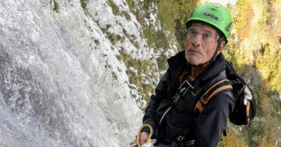 Renzo Gemignani riceve il riconoscimento di Socio emerito del Corpo Nazionale Soccorso Alpino e Speleologico