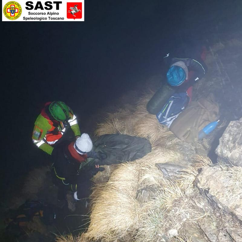 La stazione di Massa del Soccorso Alpino Toscano attivata per due escursioniste in difficoltà sul Monte Cavallo