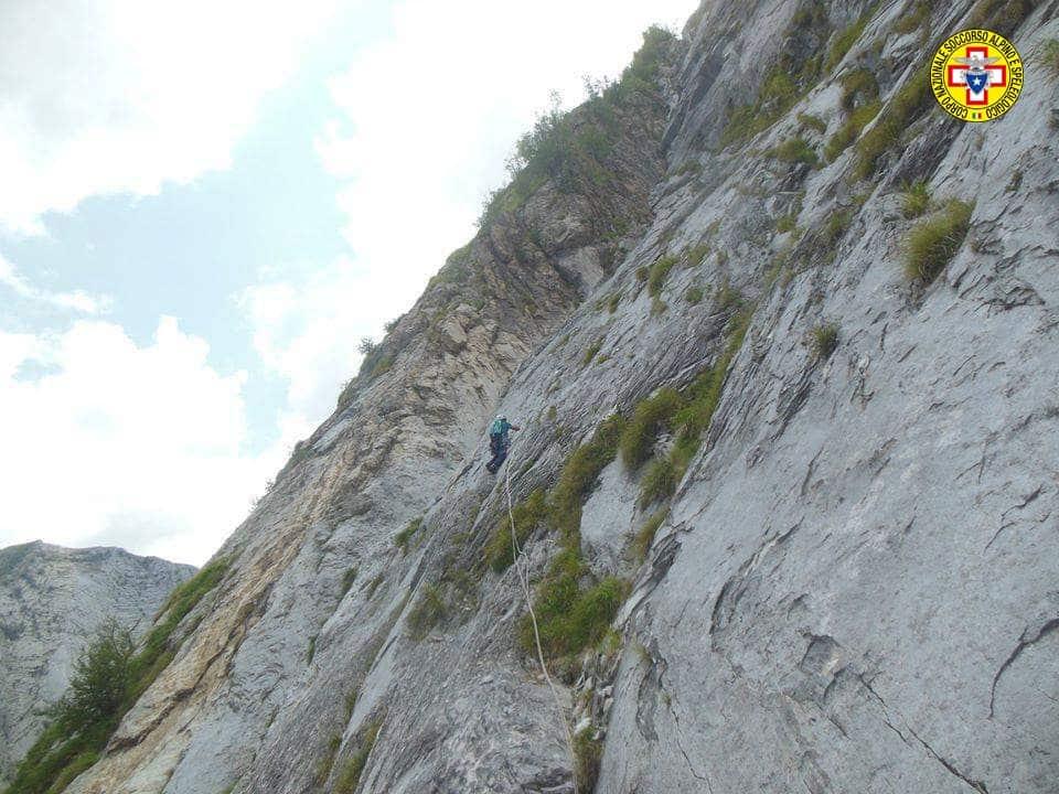 L'ostilità dell'ambiente apuano: le avvertenze del Soccorso Alpino Toscano